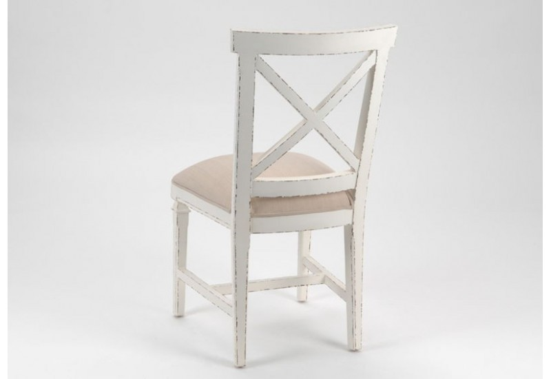 Chaise patine blanc vieilli assise tissus taupe gamme gustave amade for Salle a manger blanc patine