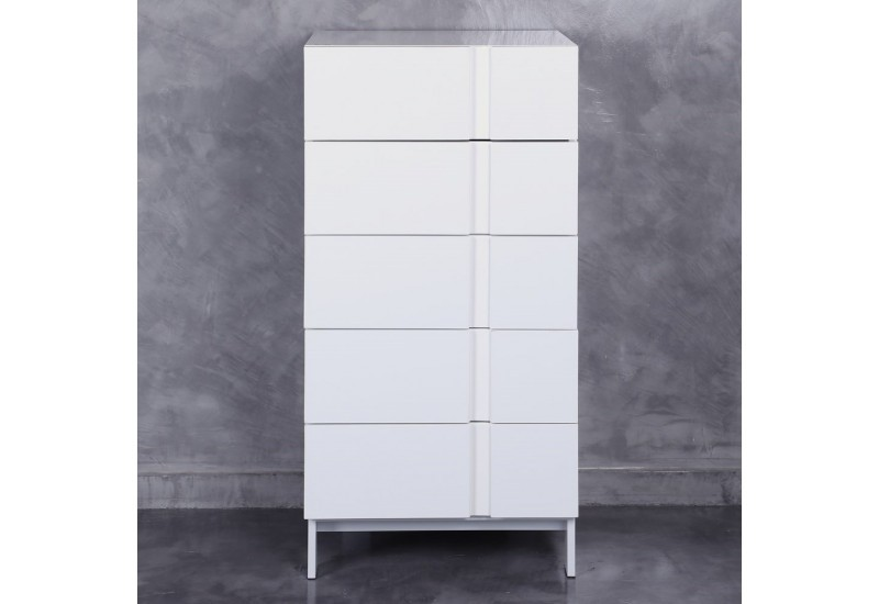 chiffonnier moderne en bois laqu e blanc by auxportesdeladeco aixi. Black Bedroom Furniture Sets. Home Design Ideas