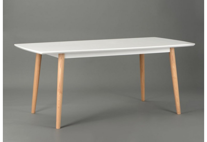 Table a manger scandinave for Table cuisine blanche bois