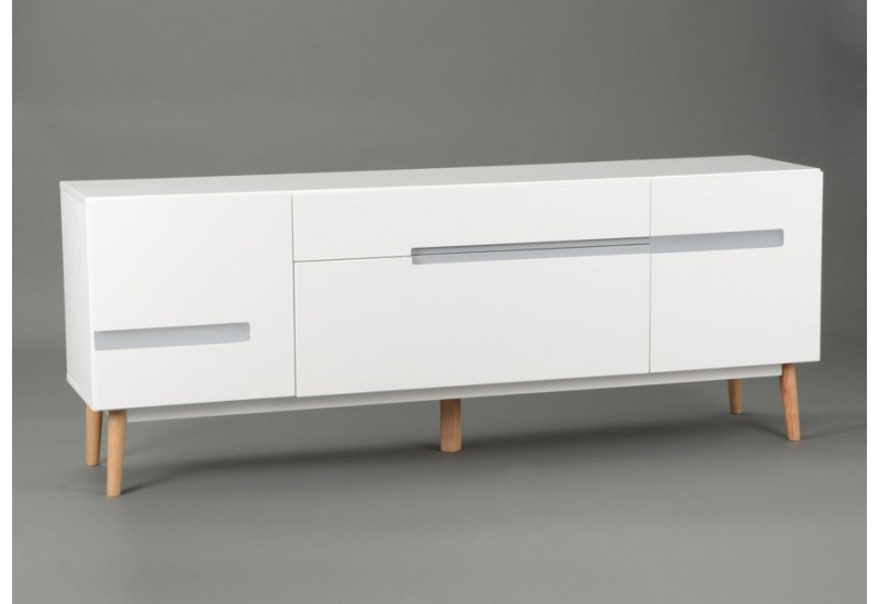 Une d co orange et pur e amadeus auxportesdeladeco - Buffet moderne blanc ...