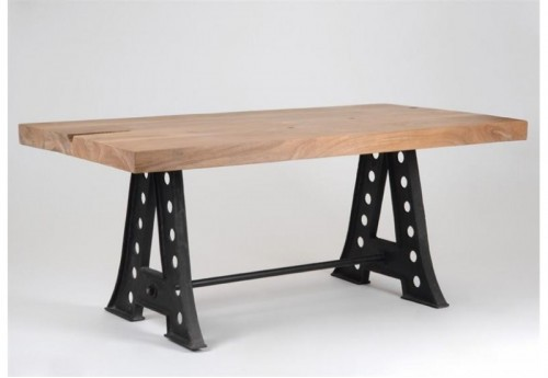 Table A Manger Manufacture AMADEUS