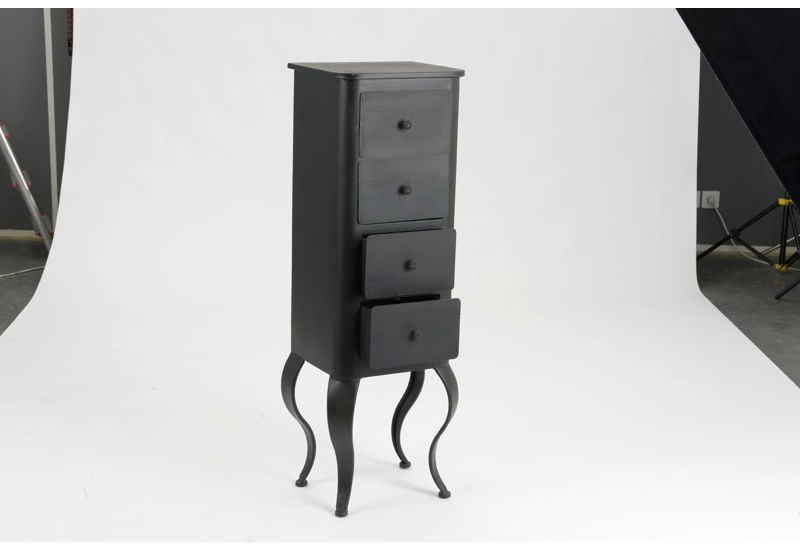 chiffonnier baroque en m tal noir avec 4 tiroirs louisette. Black Bedroom Furniture Sets. Home Design Ideas