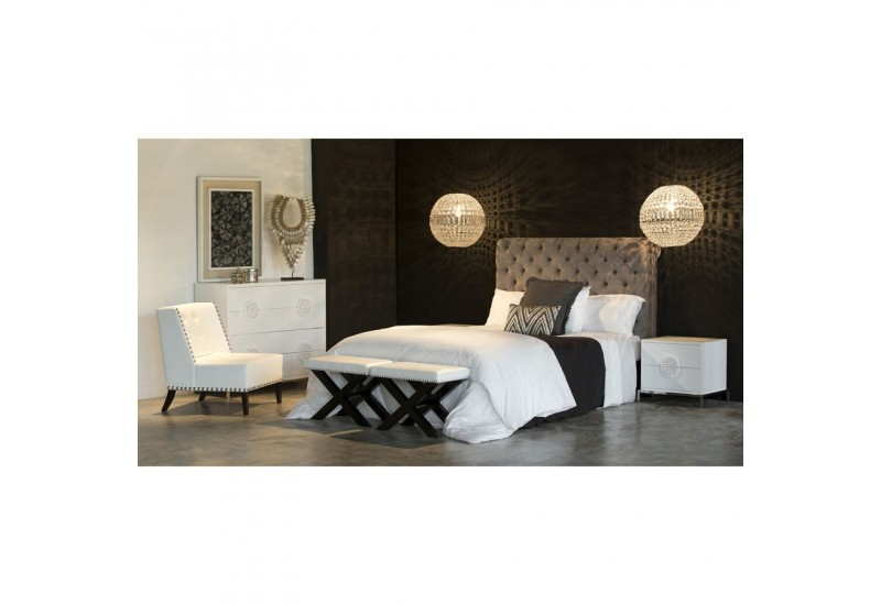 t te de lit romantique 2 personnes en velours gris. Black Bedroom Furniture Sets. Home Design Ideas