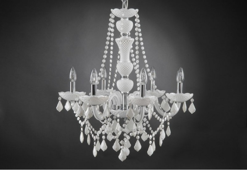 lustre trianon blanc 6 lampes pampilles amadeus amadeus 19282. Black Bedroom Furniture Sets. Home Design Ideas