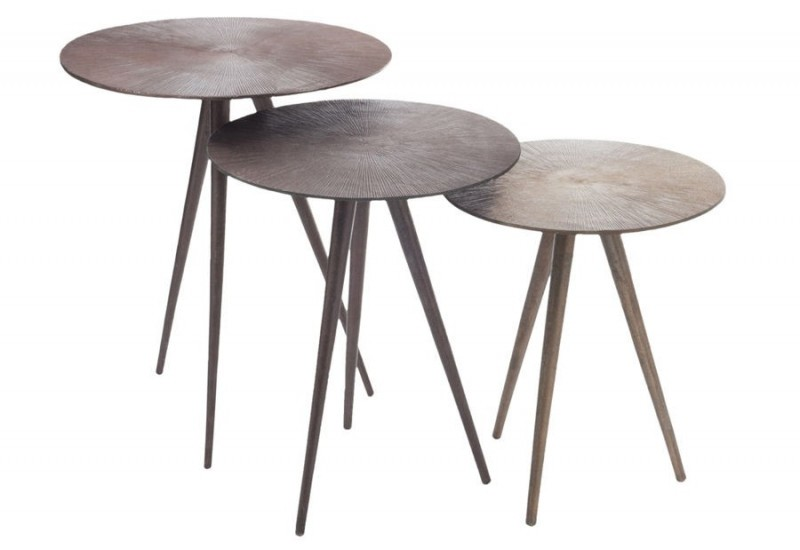 Table gigogne rond 3 pieds alu marron 40x47cm j line by for Table 3 pieds