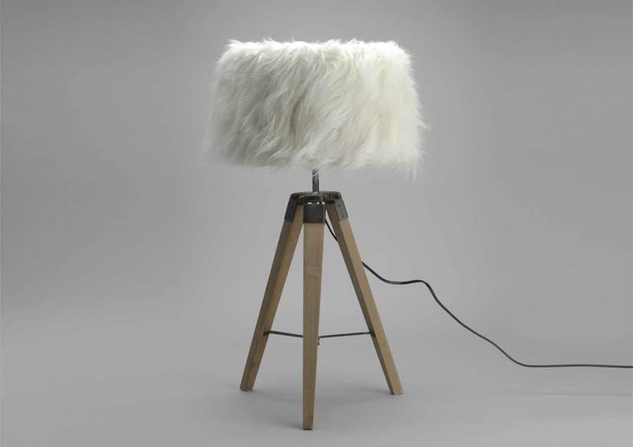 lampe abat jour interesting lampe pied bois miel abat jour vichy deco montagne with lampe abat. Black Bedroom Furniture Sets. Home Design Ideas