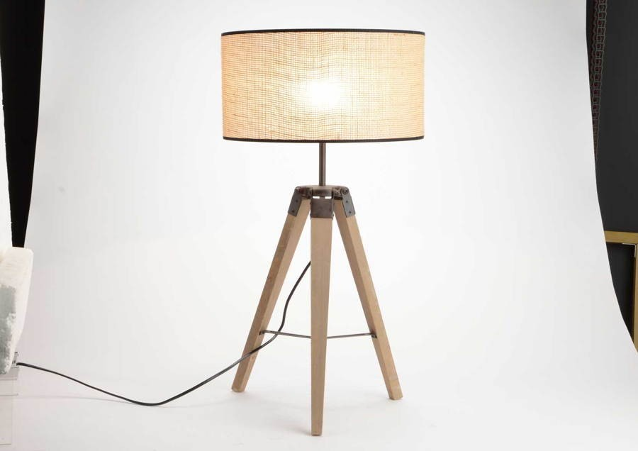 lampe trepied good fabriquer une lampe trpied artisanale with lampe trepied stunning. Black Bedroom Furniture Sets. Home Design Ideas