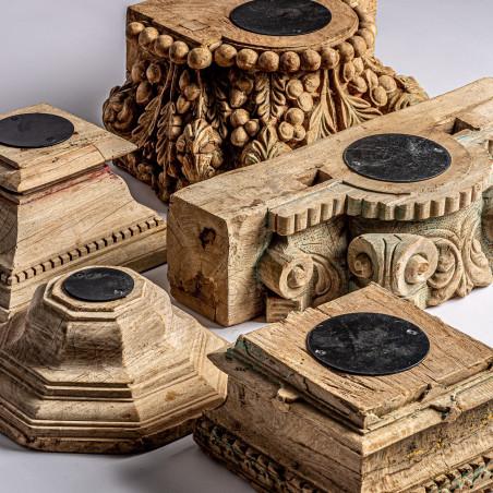 Assortiment de 5 bougeoirs en bois de teck